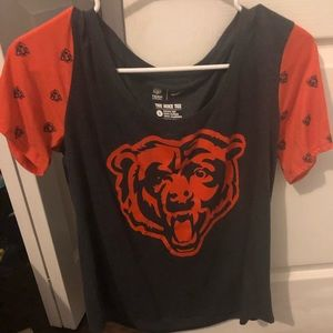 Chicago Bears woman's Nike shirt size large